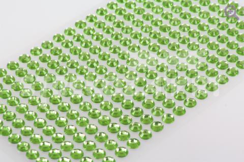 Стразы на клеевой основе, 5мм, цвет: светло-зеленый (1полоса=15шт)